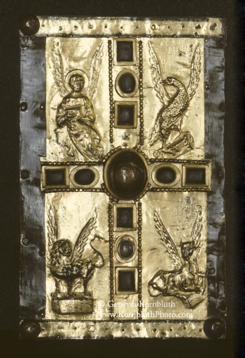 5. Book cover or case, copper gilt and crystal on wood, 31.4 x 20.3 cm, tenth century. London, Victoria and Albert Museum (photo: author).
