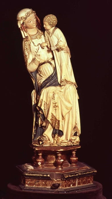 4.Seated Virgin and Child, ivory, 450 x 160 mm without wooden base (added in 19th century). Villeneuve-lès-Avignon, Musée Pierre-de-Luxembourg, Inv. PL 86. 3. 1 (photo: © Musée Pierre de Luxembourg, Villeneuve-lès-Avignon).