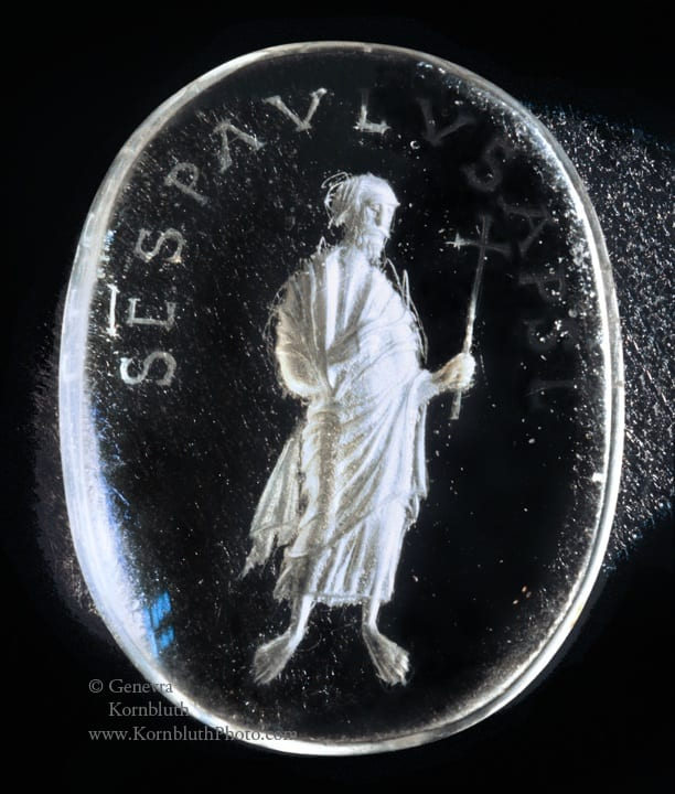 11. Saint Paul, rock crystal intaglio, unengraved obverse, 4.2 x 3.3 cm, mid to late ninth century. Paris, Museum of the Ecole Nationale Supérieure des Beaux-Arts, 9505-A-19, housed in Paris, Cabinet des Médailles, H3416 (photo: author).