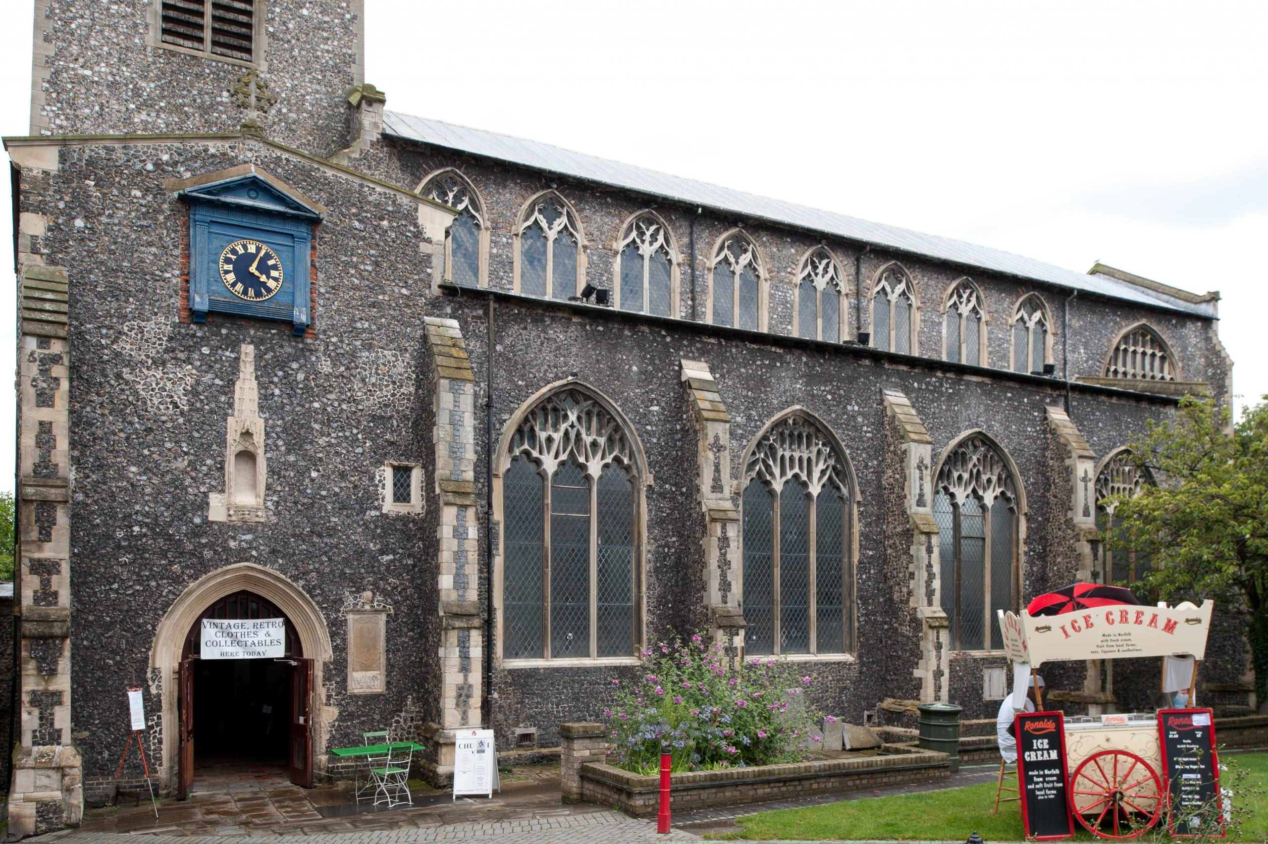 Fig. 2: Exterior of the former parish church of St. Gregory Pottergate, Norwich, England, late 14th century, view looking northeast (author's photo).