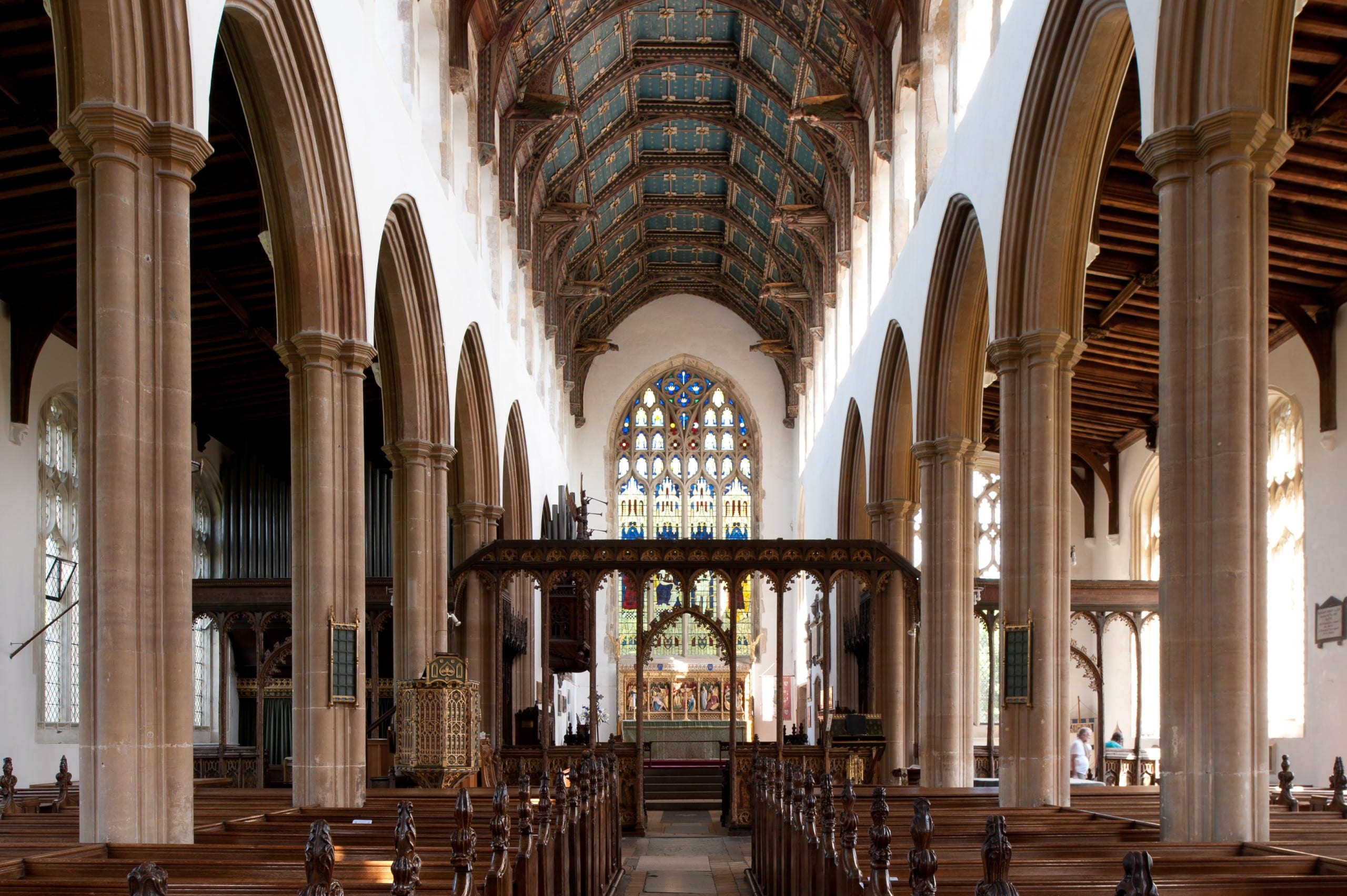 Fig. 8: Interior of the former chapel of ease, now parish church, of St. Edmund, Southwold (Suffolk), England, ca. 1430–60, view looking east with 15th-century screenwork in middle ground (author's photo).